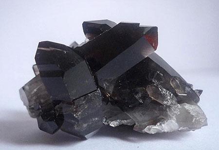 Морион – камень черных магов?