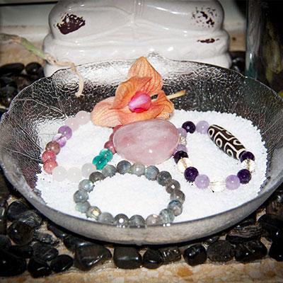 Очистка камней морской солью